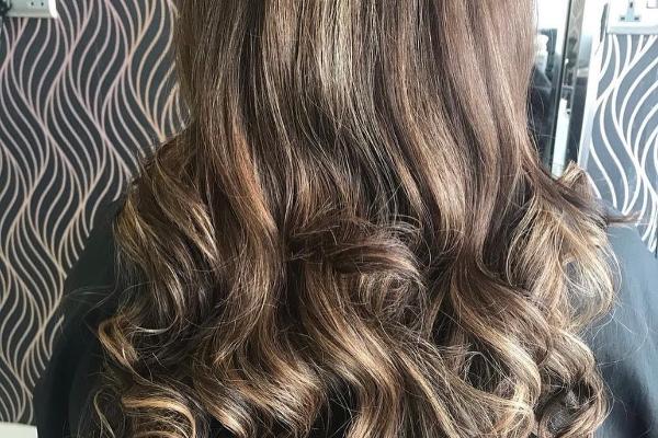 Vanity Box Hair & Beauty  Second slide