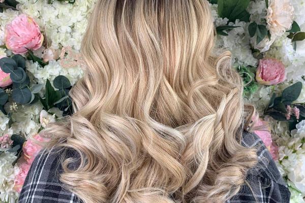 Anya Hairdressing & Beauty  Second slide
