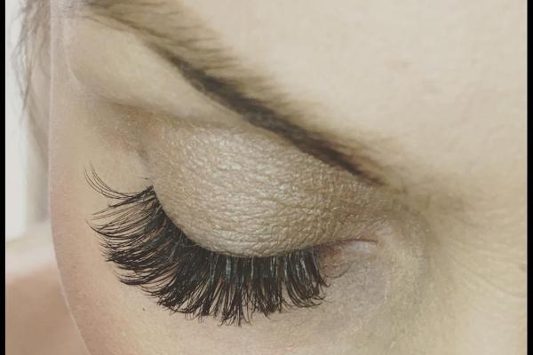 Glow Beauty Nails & Holistics - Stockport Banner