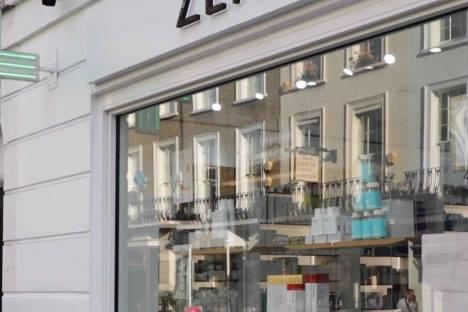 Zen Healthcare - Knightsbridge  Second slide