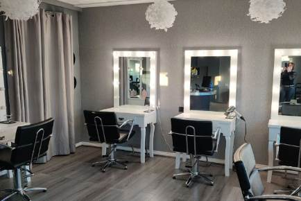 Milano's Hairdressing