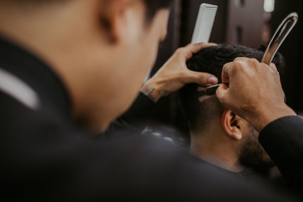 Men's Hair Cut and Style